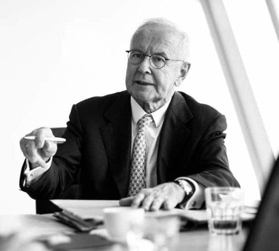 Hartmut Fromm, Rechtsanwalt der Kanzlei Buse Heberer Fromm