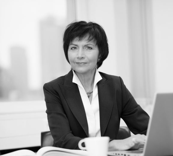 Angelika Schwabe, Rechtsanwältin der Kanzel Buse Heberer Fromm