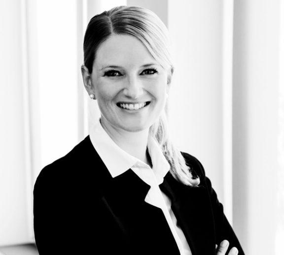 Julia Overhage, Rechtsanwältin der Kanzlei Buse Heberer Fromm