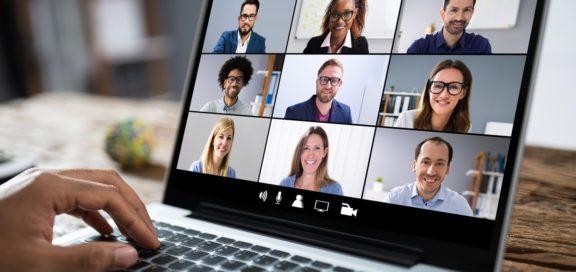 Digitale Sitzung des Betriebsrats in der Corona-Krise. Zur Handlungsfähigkeit von Betriebsräten in Zeiten der Pandemie.