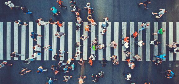 BAG: Crowdworker können Arbeitnehmer sein.