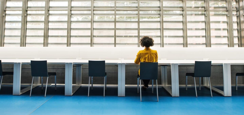 Personalabbau: Neue Studie untersucht Perspektiven aller Beteiligten.